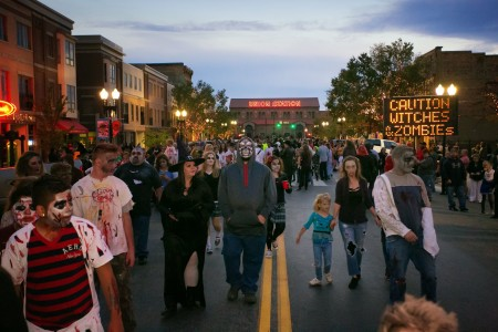 zombie-crawl-25th-street